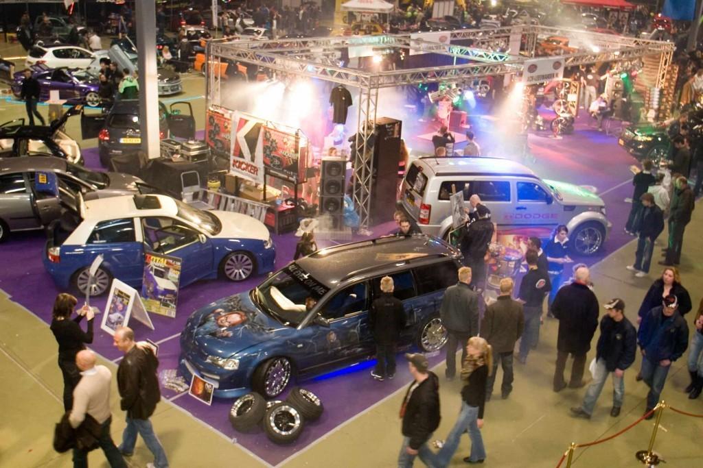 Racing-EXPO-Leeuwarden-tuning-hal-min-1024x683